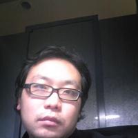 平川 佳秀